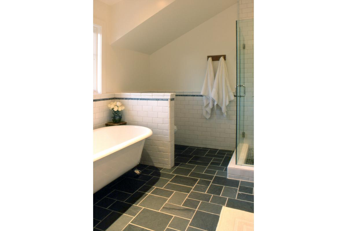Wagstaff + Rogers Architects Willow Craftsman Style Bungalow Family  Bath Claw Foot